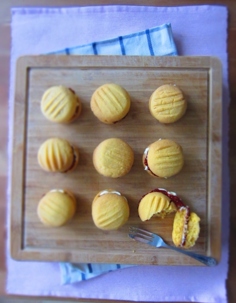 how to make melting moments biscuits